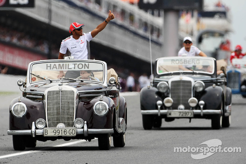 Lewis Hamilton, McLaren tijdens rijdersparade
