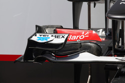 Sauber C31 front wing