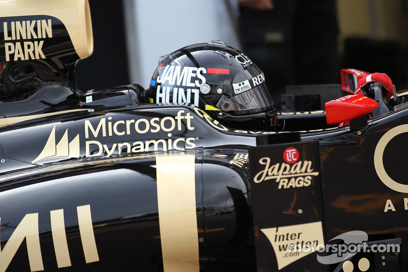 Kimi Raikkonen, Lotus F1 met James Hunt helm
