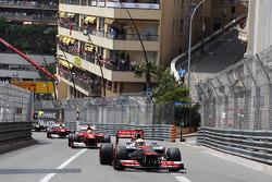 Lewis Hamilton, McLaren leads Fernando Alonso, Ferrari