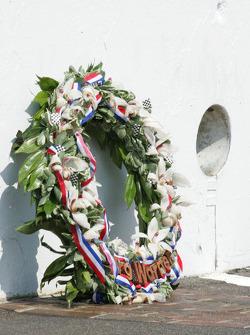 Winners photoshoot: the winner's wreath