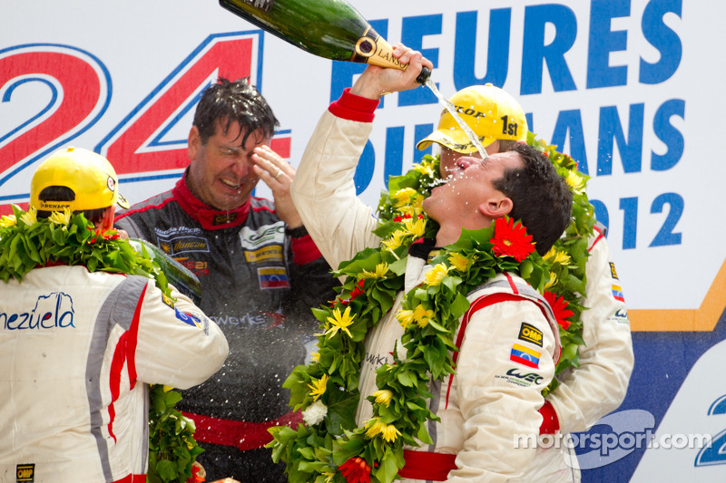 LMP2 podium: winnaars in klasse Enzo Potolicchio, Ryan Dalziel, Tom Kimber-Smith