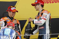 Podio: Casey Stoner, del equipo Repsol Honda el segundo lugar y tercer lugar Dani Pedrosa, Repsol Ho