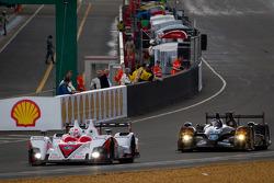 #42 Greaves Motorsport Zytek Z11SN Nissan: Alex Brundle, Martin Brundle, Lucas Ordonez and #33 Level 5 Motorsports HPD ARX 03b Honda: Scott Tucker, Christophe Bouchut, Luis Diaz
