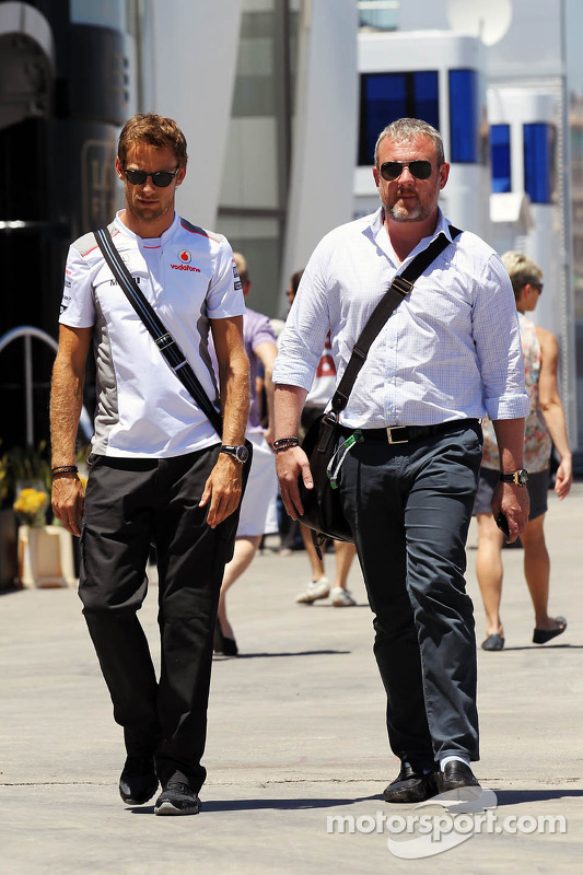 Jenson Button, McLaren with his manager Richard Goddard (GBR)