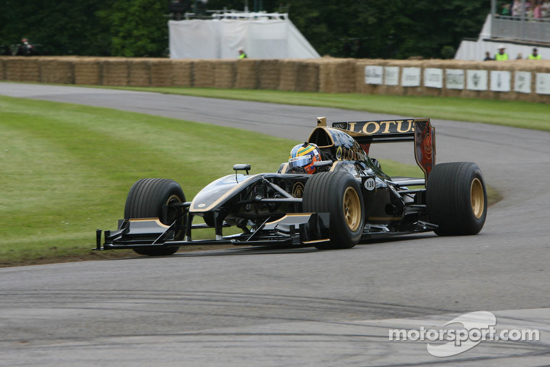 Johnny Mowlem in Lotus