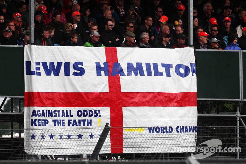 Bandera para Lewis Hamilton, McLaren