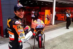 Марк Маркес. Марк Маркес подписал контракт с Repsol Honda на 2013 год, особое событие.