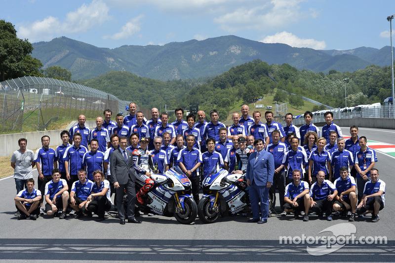 Yamaha Factory Racing fotoshoot