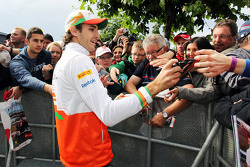 Jules Bianchi, Sahara Force India F1 Team Third Driver signs autographs for the fans