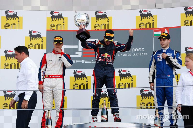 Podium: race winner Antonio Felix da Costa, second place Patric Niederhauser, third place Tamas Pal Kiss