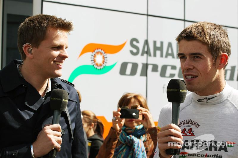 Jake Humphrey, BBC Television Presenter with Paul di Resta, Sahara Force India F1