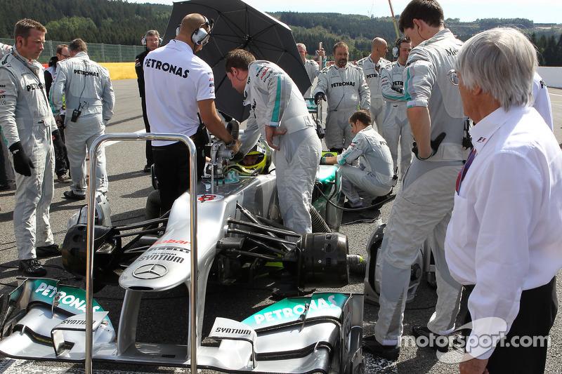 Bernie Ecclestone, and Nico Rosberg, Mercedes GP