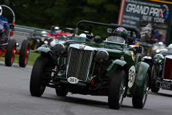351 Jeff Renshaw Coventry, Conn. 1951 MG TD