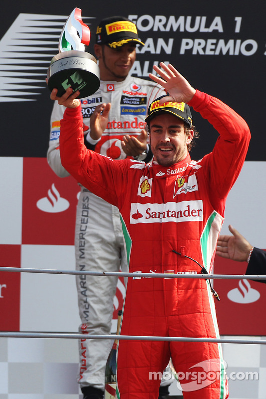 Podium: third place Fernando Alonso, Ferrari