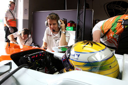 Sahara Force India Formula 1 Team egineer, Luiz Razia, Sahara Force India F1 Team
