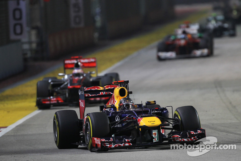 Sebastian Vettel, Red Bull Racing voor Jenson Button, McLaren