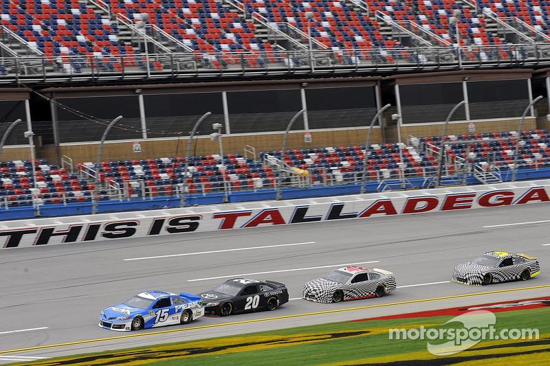 Teams test the 2013 car
