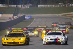 Start: #4 Corvette Racing Chevrolet Corvette C6 ZR1: Oliver Gavin, Tom Milner, Richard Westbrook and #55 BMW Team RLL E92 BMW M3: Bill Auberlen, Jorg Muller, Jonathan Summerton