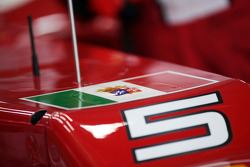 Ferrari of Fernando Alonso, Ferrari with the flag of Italian navy in support for two Italian sailors charged with killing Indian fishermen