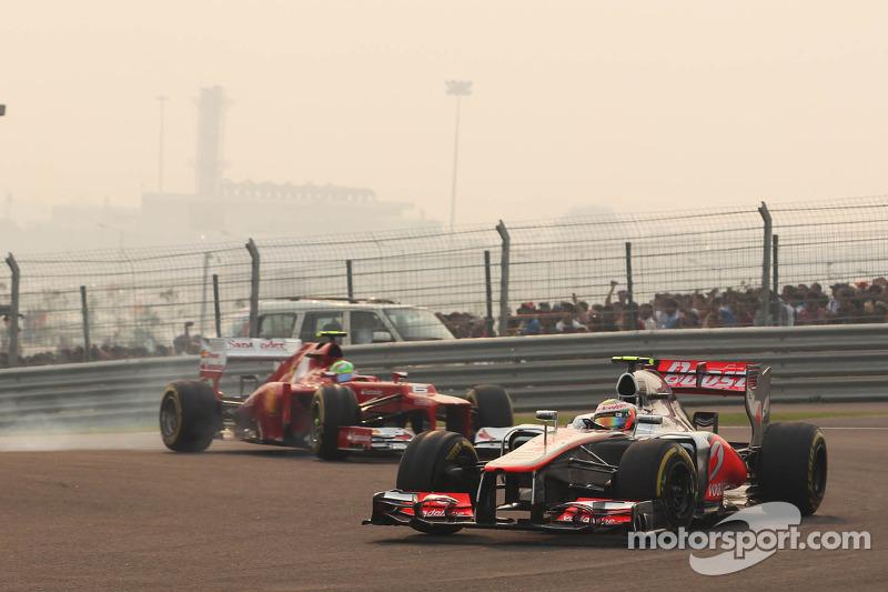 Lewis Hamilton, McLaren voor Felipe Massa, Ferrari