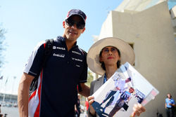 Pastor Maldonado, Williams with a fan