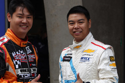 Leong Ian Veng, Honda Accord Euro R, Son Veng Racing Team and Eric Kwong, Chevrolet Cruze, Look Fong Racing Team