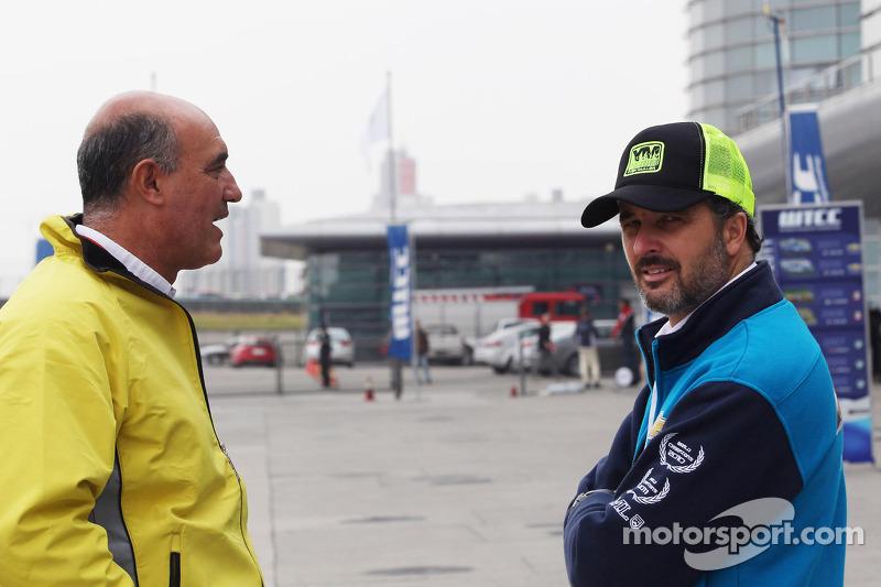 Jaime Puig, SEAT Sportdirecteur en Yvan Muller, Chevrolet Cruze 1.6T, Chevrolet