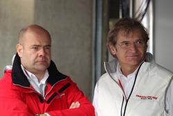 Andrea Adamo, Chief Designer, Honda Racing Team Jas en Alessandro Mariani, Team Principal, Honda Racing Team Jas