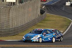 Robert Huff, Chevrolet Cruze 1.6T, Chevrolet and Tom Coronel, BMW 320 TC, ROAL Motorsport