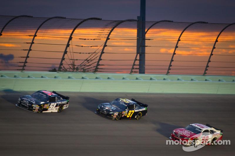Jeremy Clements, Jeremy Clements Racing Chevrolet, Joe Nemechek, Nemco Motorsports Toyota, Kenny Wal