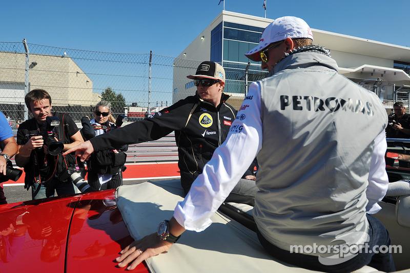 Михаэль Шумахер и Кими Райкконен. ГП США, Воскресенье, перед гонкой.