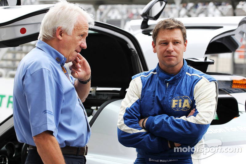 Charlie Whiting Gallery: Charlie Whiting, FIA Delegate With Bernd Maylander, FIA