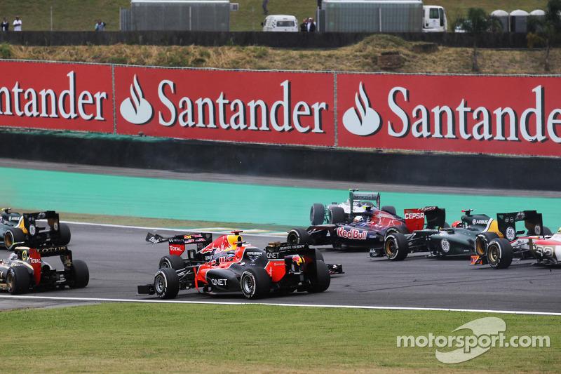 Sebastian Vettel, Red Bull Racing spin bij de start