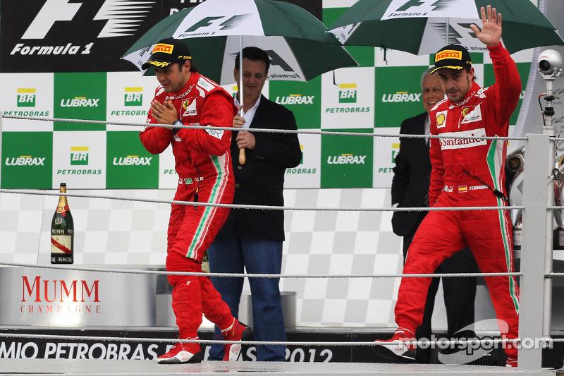 Фернандо Алонсо и Фелипе Масса. ГП Бразилии, Воскресенье, после гонки.