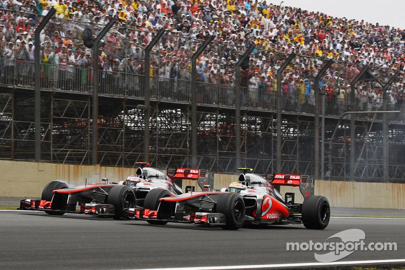 Дженсон Баттон и Льюис Хэмилтон. ГП Бразилии, Воскресная гонка.