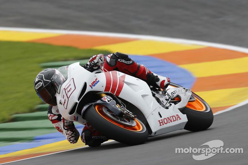 2012 - тести Honda RC213V