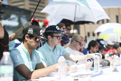 Nelson Piquet Jr., NEXTEV TCR Formula E Team, signs autographs