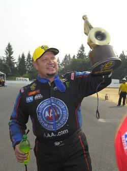Funny Car winner Robert Hight