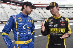 Chase Briscoe, Brad Keselowski Racing Ford and Grant Enfinger, ThorSport Racing Toyota