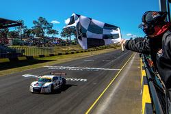 Yarış galibi #75 Audi R8 LMS: Tim Miles, Jaxon Evans