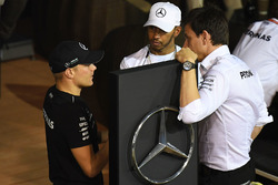 Valtteri Bottas, Mercedes AMG F1, Lewis Hamilton, Mercedes AMG F1 and Toto Wolff, Mercedes AMG F1 Director of Motorsport