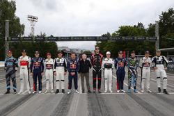 Участники чемпионата и президент FIA Жан Тодт