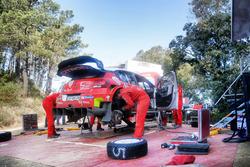 Essais terre de Sébastien Loeb avec Citroën