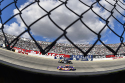 Denny Hamlin, Joe Gibbs Racing Toyota and Reed Sorenson, Premium Motorsports Toyota