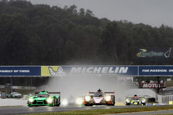 Partenza GT: #62 Risi Competizione Ferrari 488 GTE: Toni Vilander, Giancarlo Fisichella, Alessandro Pier Guidi al comando