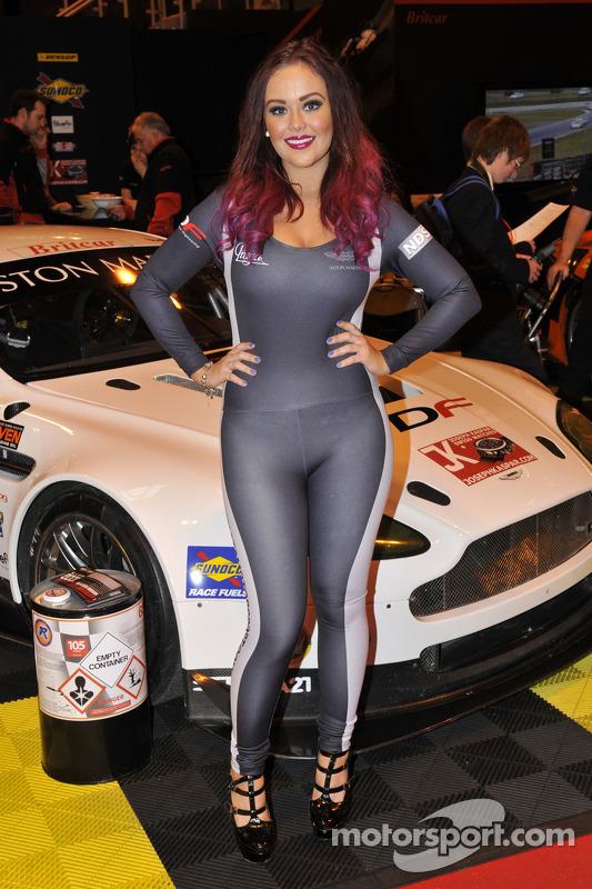 Aston Martin; promotora