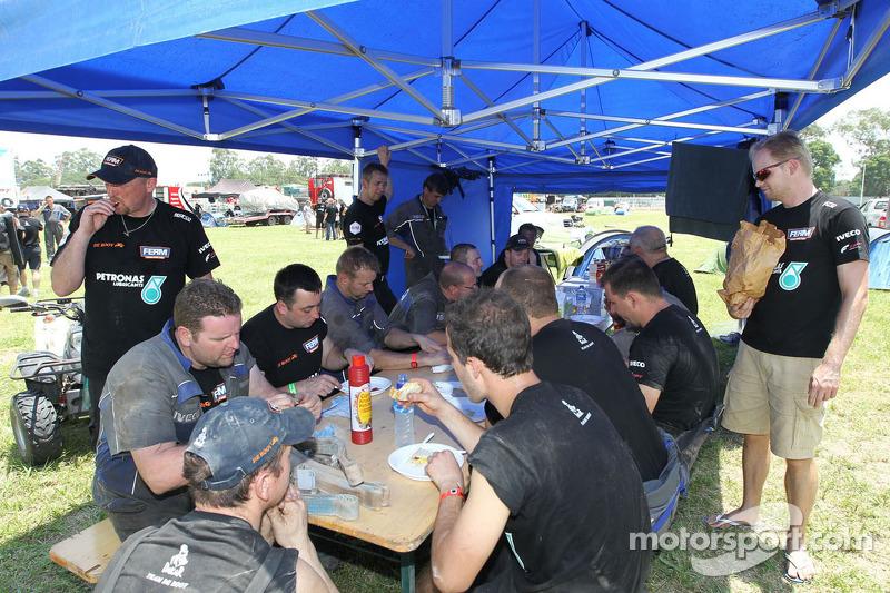 Ontbijt bij Team de Rooy