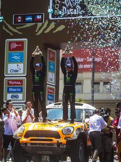 O terceiro colocado in carro category Leonid Novitsky e Konstantin Zhiltsov