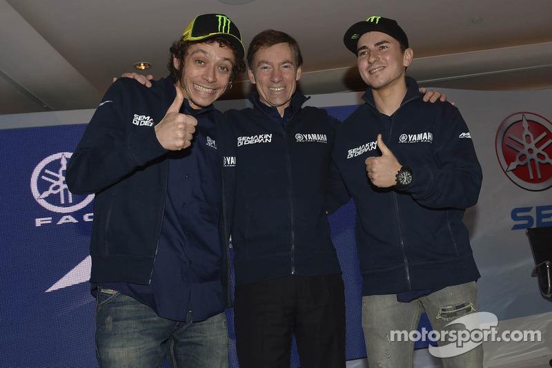 Валентино Росси и Хорхе Лорнецо. Презентация команды Yamaha Factory Racing, презентация.